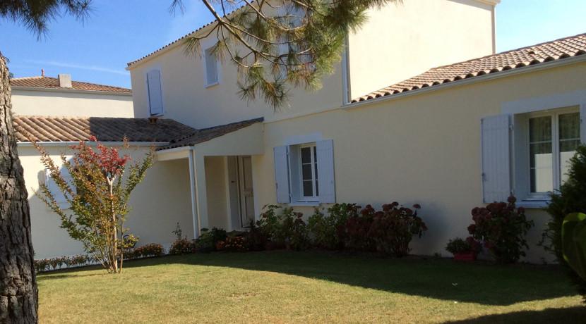 Grande maison vendre lagord proche de la rochelle al for Garage ad nieul sur mer