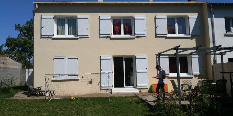 2 Maison vue jardin