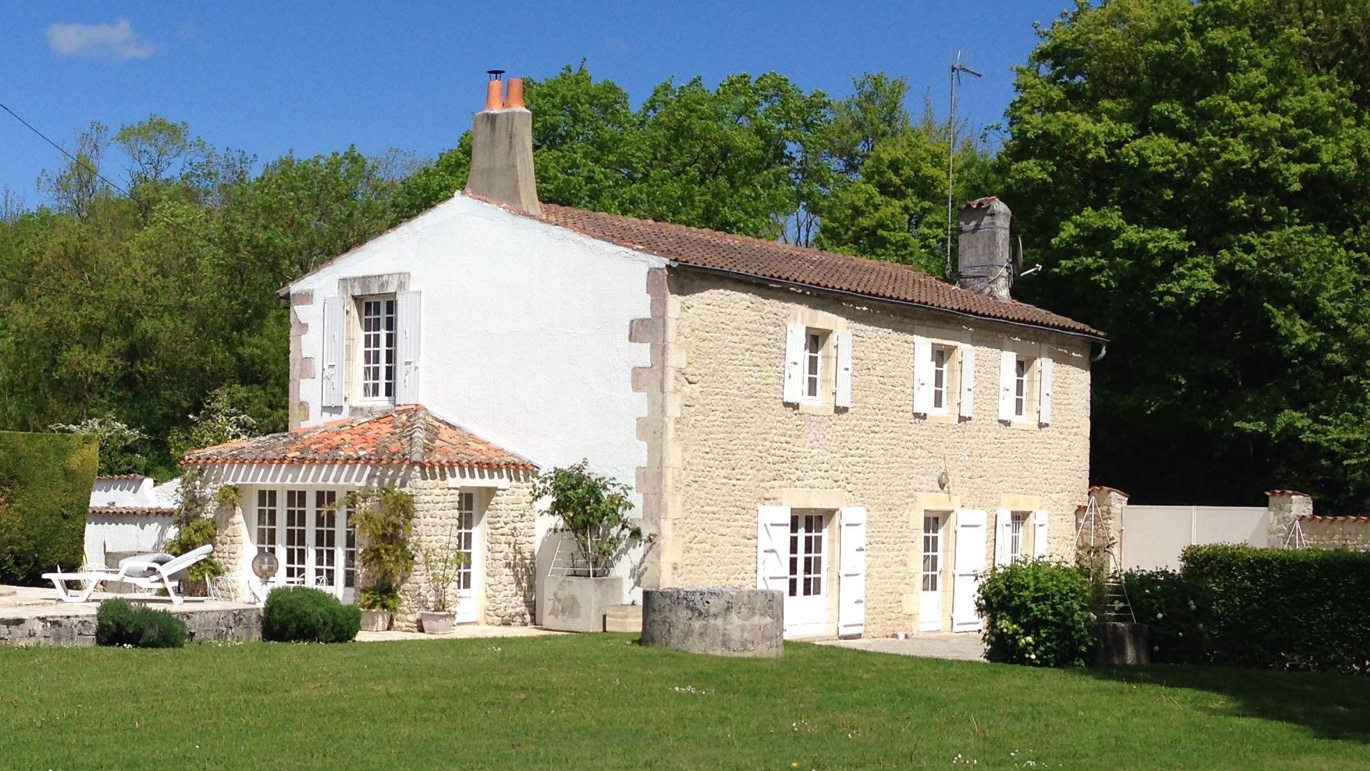 Maison vendre 5 minutes la rochelle al immo 17 - La maison blanche la rochelle ...