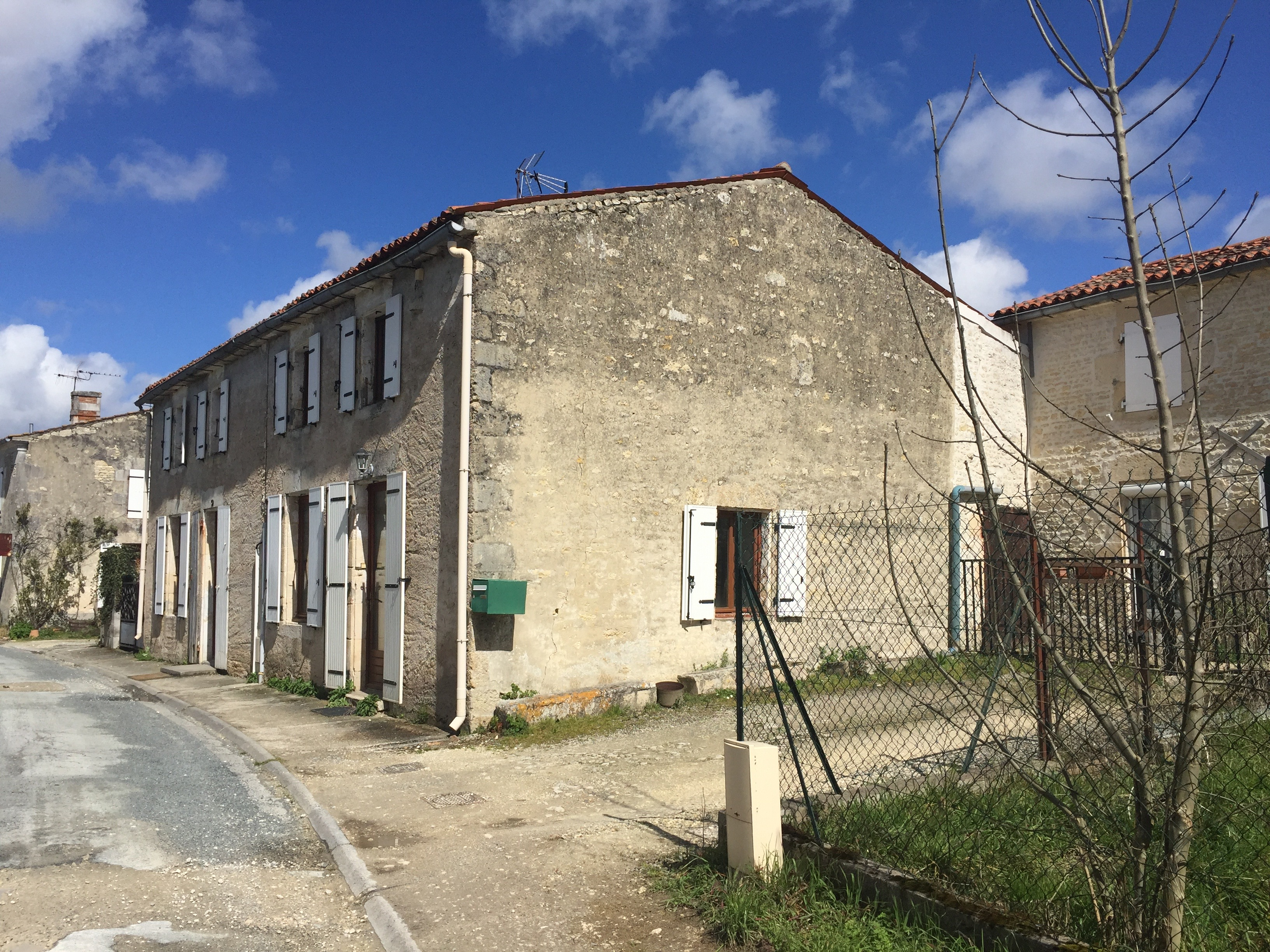 Maison à vendre, proche de LA ROCHELLE.